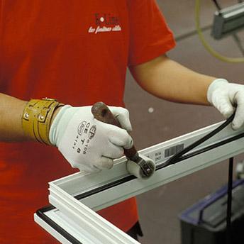 A medida ventanas y puertas de aluminio k line ventanas for Ventanales elevables