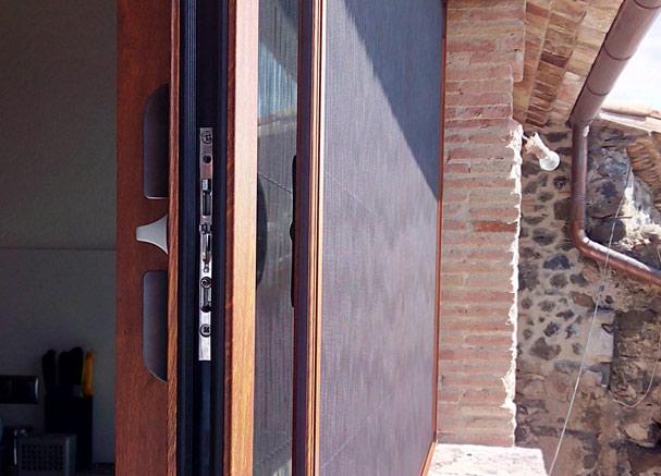 ventanas-aislantes-mosquiteras-slider1